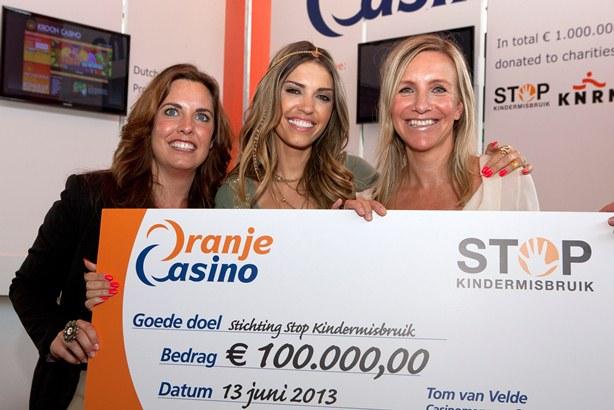 http://www.aanhetstrand.nl/wp-content/uploads/2013/06/stopkindermisbruik.jpg